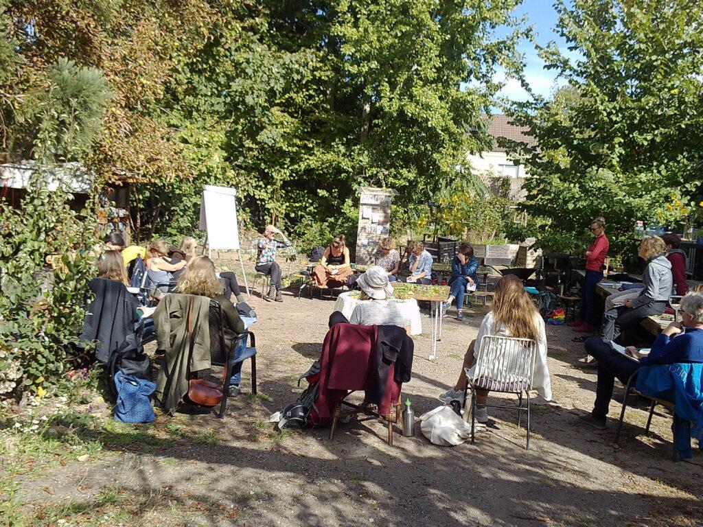Urbanes Gärtnern und Permakultur im Peace of Land