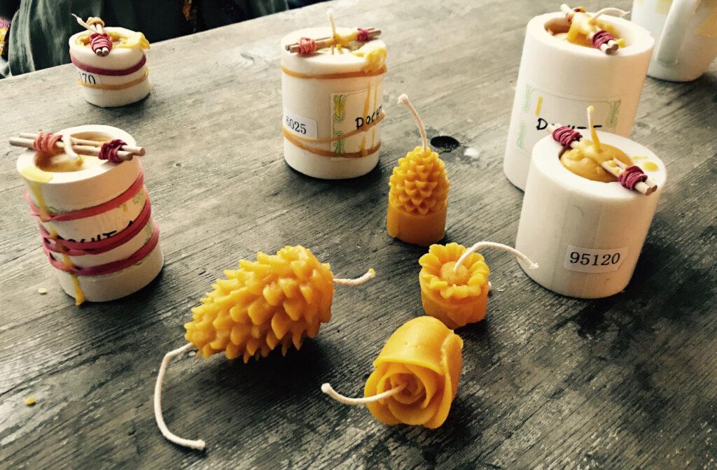 Bienenwachs wird Kerze